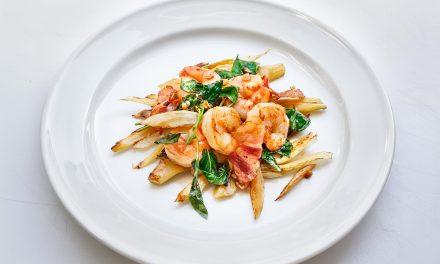 Karamellisierter Fenchel mit Shrimps und Speck