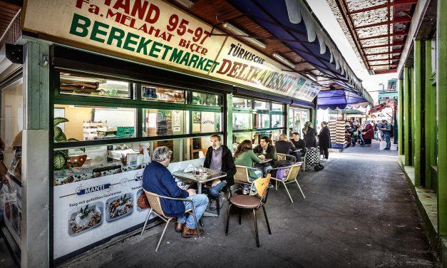 Melahat Biçer / Viktor Adler Markt, Wien 10